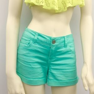mint green Celebrity Pink stretch shorts sz 7